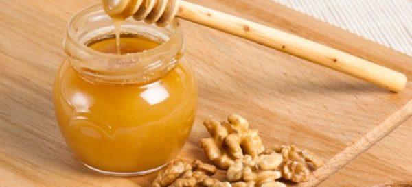 грецкие орехи и мед
